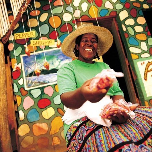 Колоритная_уличная_торговка,_Ямайка