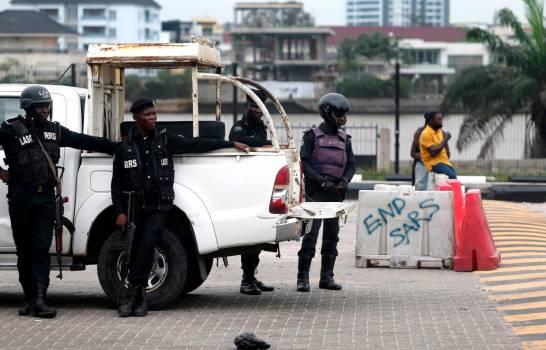 Hombres armados matan a 16 personas en un templo musulmán en Nigeria