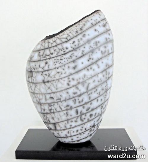 قذائف خزفية ابداع الفنانة Hilary Simms