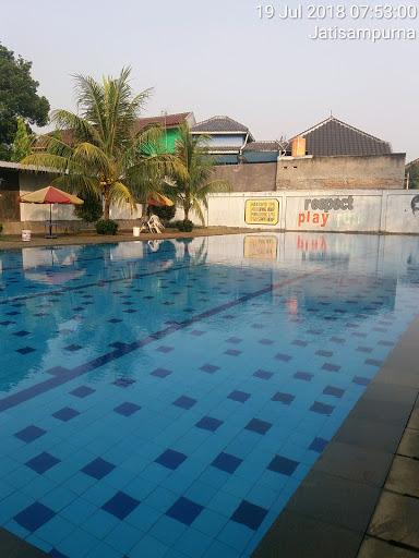 Perawatan kolam di Jatisampurna