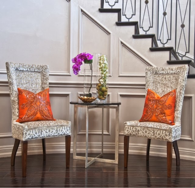 Small Entryway Chairs Loris Decoration