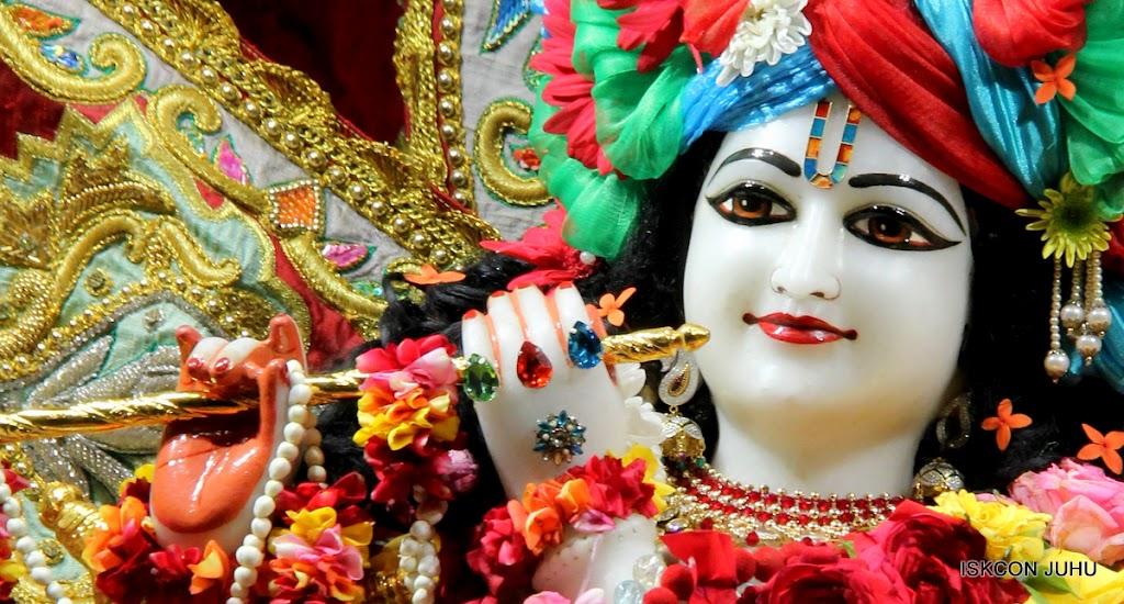 ISKCON Juhu Sringar Deity Darshan on 23rd Aug 2016 (27)