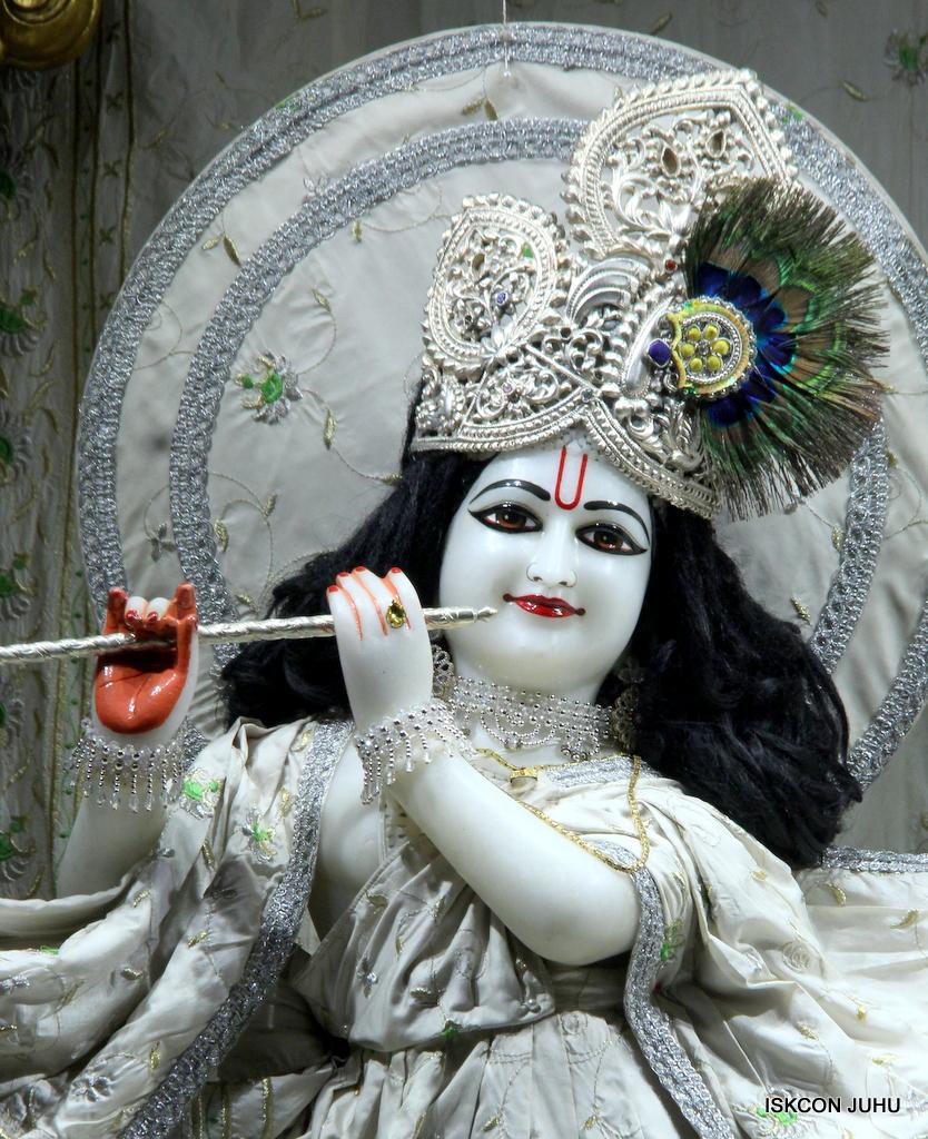 ISKCON Juhu Mangal Deity Darshan on 21st Oct 2016 (22)