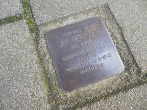 Stolperstein Jan Berends -- Abraham Strickstraat 19 a