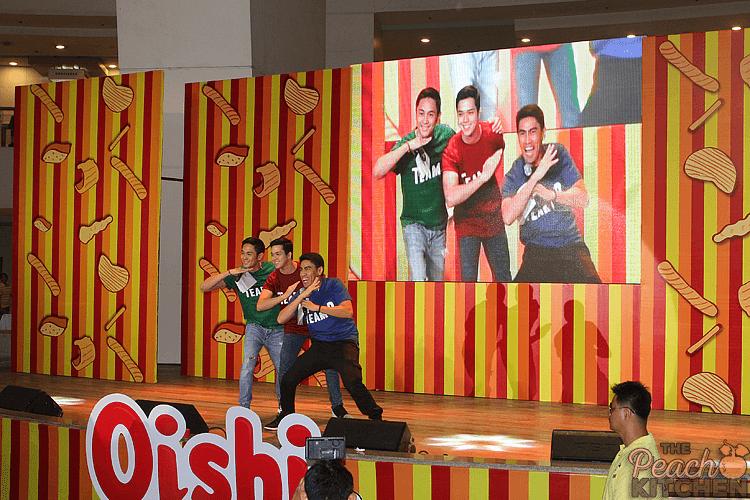 Oishi Snacktacular 2015