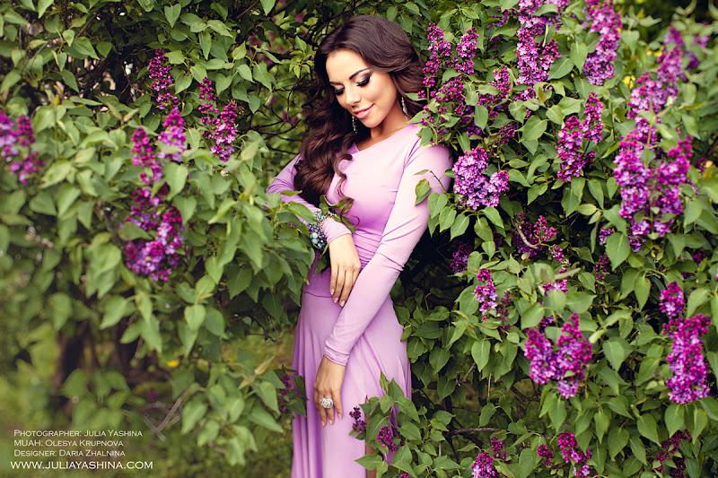 Красивая фотосессия в цветущих садах