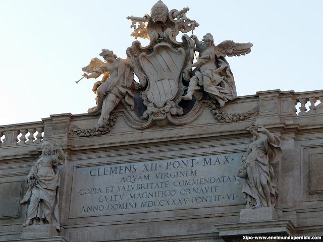 escudo-fontana-de-trevi-roma.JPG