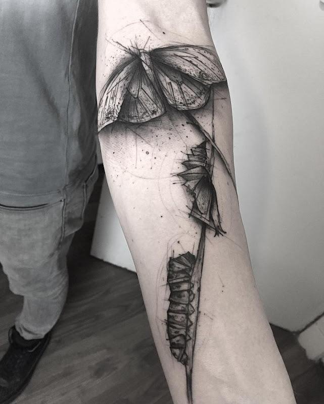 esta_lagarta_maravilhoso_de_transformaço_da_tatuagem
