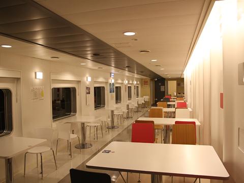 川崎近海汽船「シルバープリンセス」 6デッキ オートレストラン その3