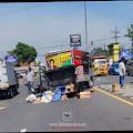 Empat Kendaraan Terlibat Laka di Jalan Raya Jombang-Mojokerto, Ibu Hamil Masuk Rumah Sakit