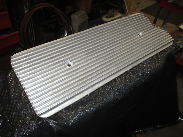 Aluminum finned valley cover, fits a Nailhead engines 264-322-364-401-425   .. 95.00