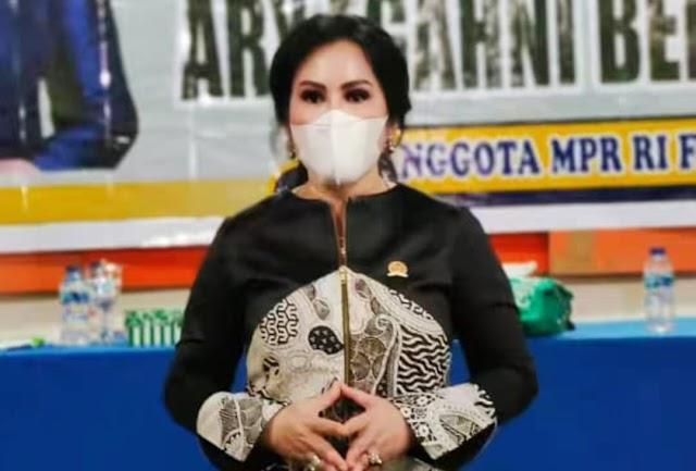 Anggota DPR RI Ary Egahni Sosialisasi 4 Pilar Kebangsaan di Kapuas