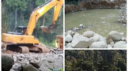 PETI Gunakan Alat Berat  Hancurkan Hutan Lindung Dihulu Sungai Pelepat Bungo, Berjalan Mulus