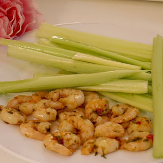 100 Kcal Calories Snack: Prawns With Celery Sticks