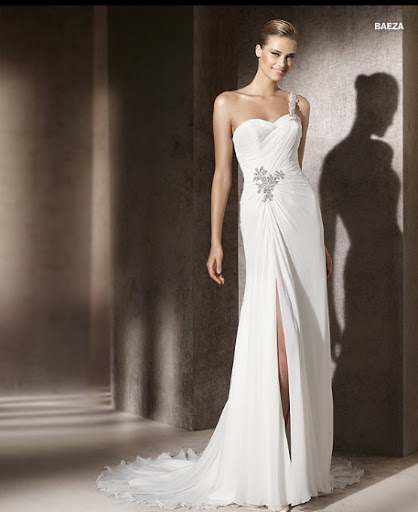 Menyasszonyi ruha 2012 Pronovias Baeza
