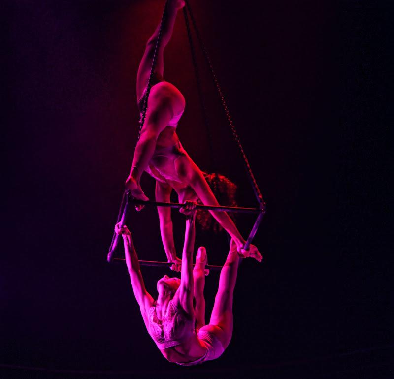 geometric acrobatic di Ale Brigante