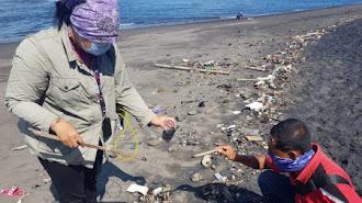 Lagi Terjadi, KKP Ambil Langkah Preventif Dugaan Tumpahan Minyak di Pantai Saba