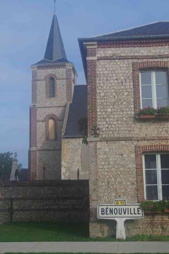 Bénouville.