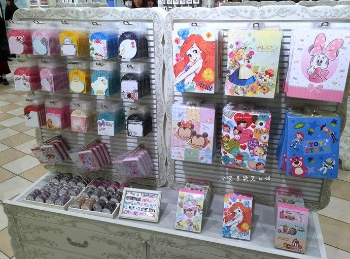 15 日本東京購物原宿白色迪士尼Disney Store