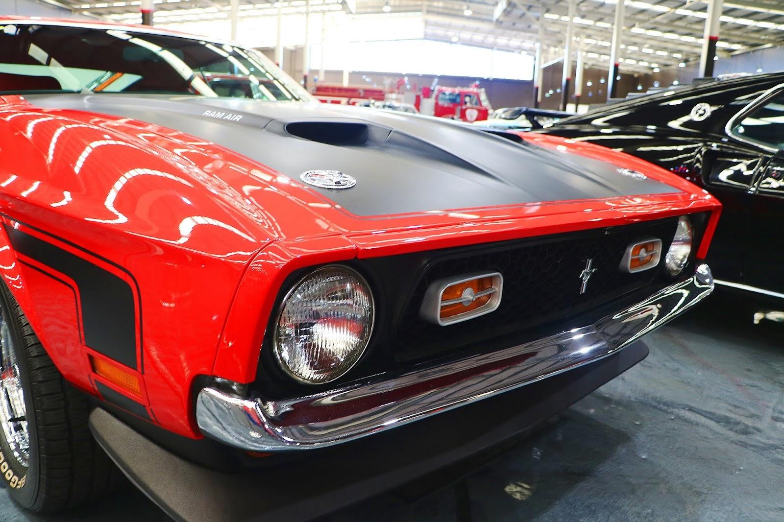 1971 Ford Mustang Boss 351 (03).jpg