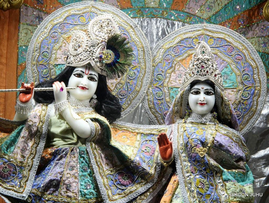 ISKCON Juhu Mangal Deity Darshan on 29th April 2016  (22)