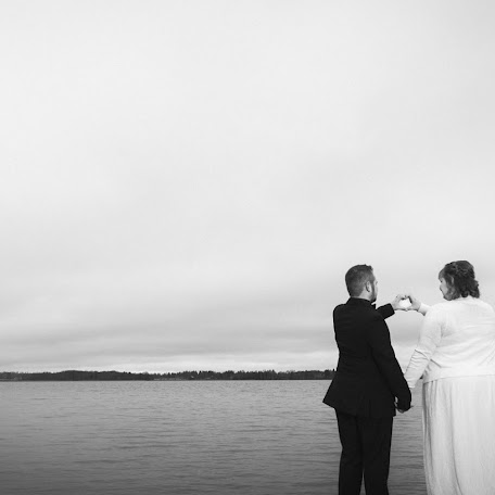 Wedding photographer Sami Helenius (helenius). Photo of 16.11.2017