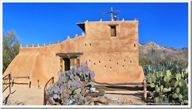 151230_Tucson_de-Grazia-Gallery-in-the-Sun_chapel_pano