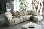 divano PIXEL SABA in tessuto patchwork, scomponibile e sfoderabile, visibile nella nostra esposizione di Zogno, Bergamo