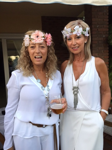 con mi amiga maica la anfitriona - Decoracion Fiesta Ibicenca