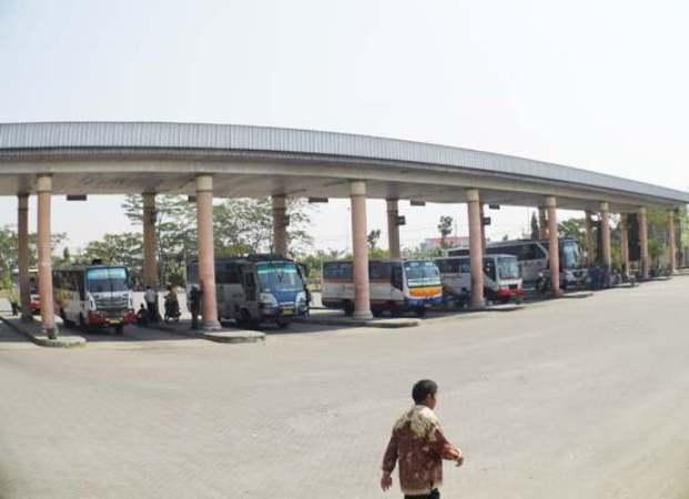 Bus Patas Wajib Masuk Terminal Kertonegoro