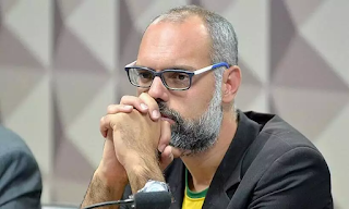YouTube remove canal bolsonarista 'Terça Livre'