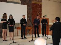 01. A helyi művészeti alapiskola növendékeinek éneke nyitotta meg az eseményt.JPG