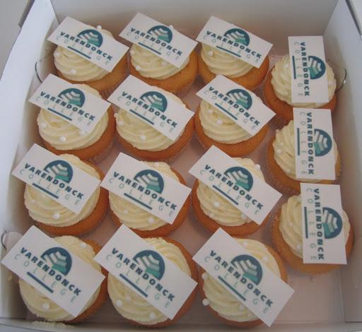 009- Varendock college cupcakes.JPG