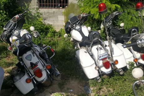 Motos Harley Davidson de barrio seguro están convertidas en chatarras