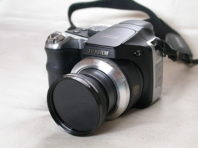FinePix S8100fd に CPL フィルター装着