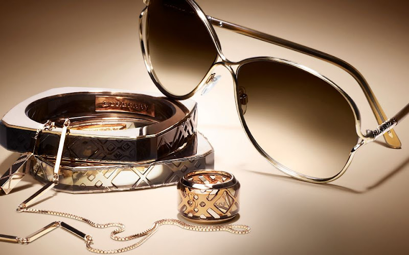Burberry_sunglasses_rose-gold_collection