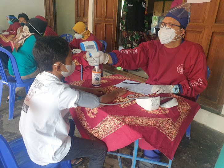 Poltekes Kemenkes Yogyakarta Jemput Bola, Vaksinasi Massal 300 Warga