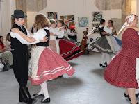 14 Dél-alföldi táncokat is előadtak a tábor résztvevői.jpg