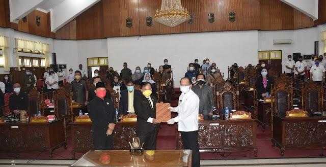 DPRD Terima Laporan Pertanggungjawaban Pelaksanaan APBD Kapuas T.A 2020