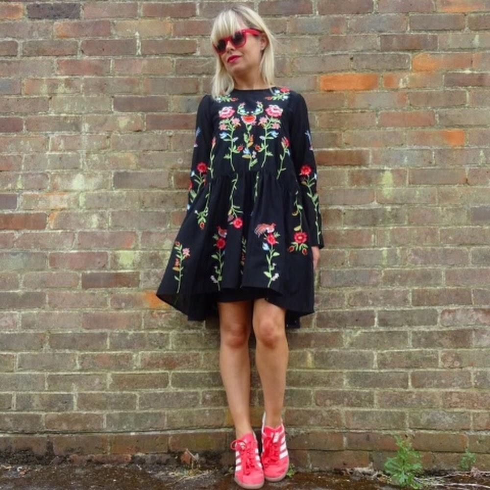 82a76daa056 Flirty Florals. 29 Jul 2016 - The Fashion Lift