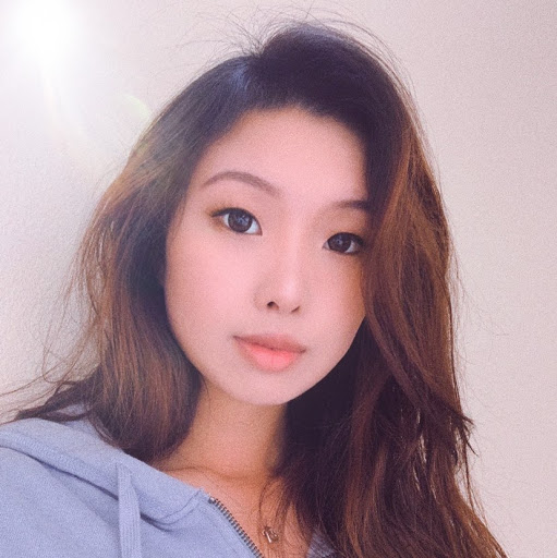 Amy Xu Photo 26