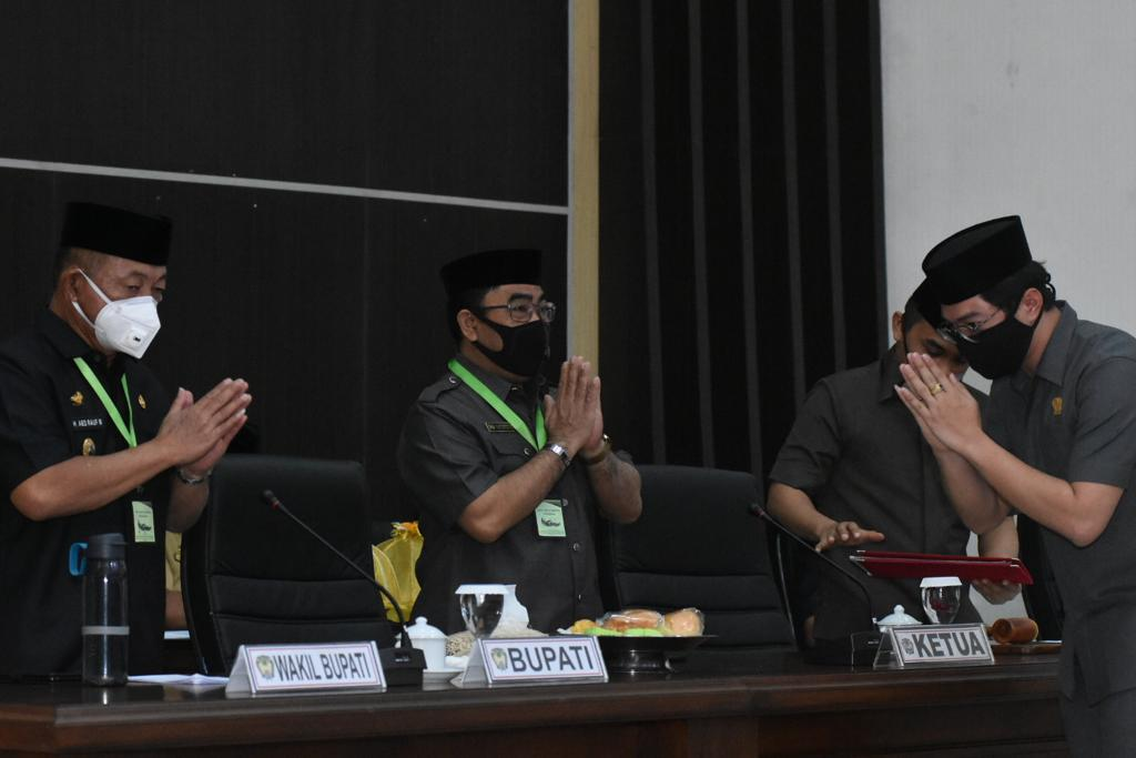 Sebanyak 8 Fraksi DPRD Setuju Dua Ranperda Gowa Dibahas Lebih Lanjut