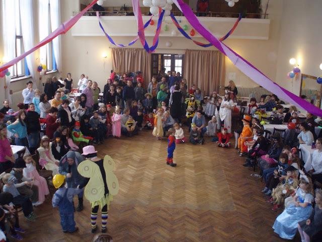 20.2.2011 - Dětský karneval - P2200642.JPG