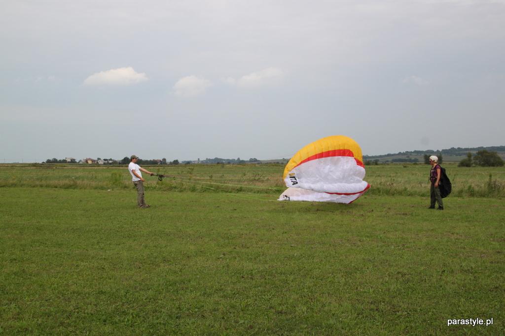 Szkolenia paralotniowe Sierpień 2012 - IMG_5132.JPG