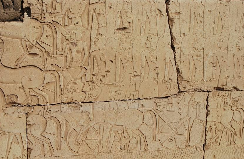 kadesh-scene-at-ramesses-ii-temple