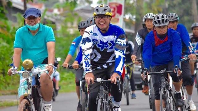 Dipimpin Walikota Riza Falepi, Gowes Pilihan Pejabat Pemko Pelihara Kebugaran Fisik.