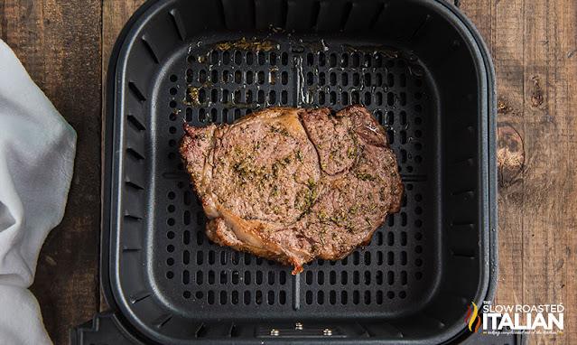 steak in air fryer cooked
