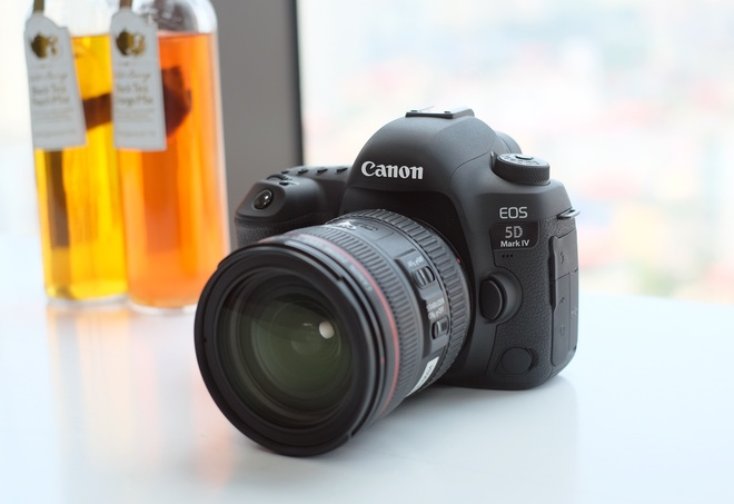 Canon 5D Mark IV được giới thiệu tại Việt Nam