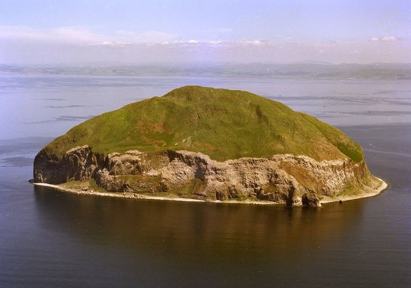 Ailsa Craig And Its Curling Stones Amusing Planet