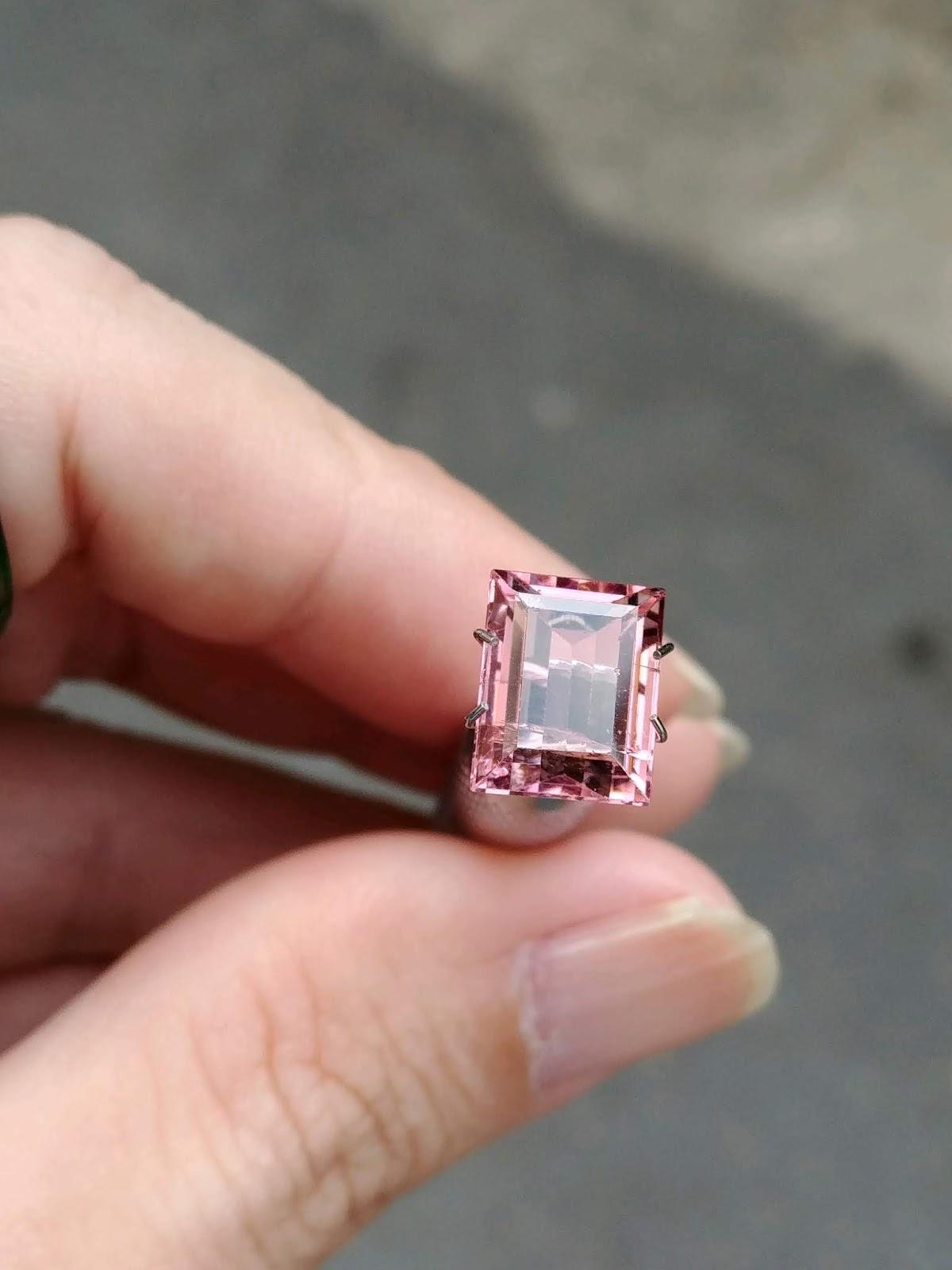 Đá Natural Tourmaline hồng sạch đẹp lửa mạnh hàng hiếm